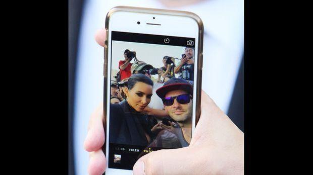 Fan-Selfie mit Kim Kardashian