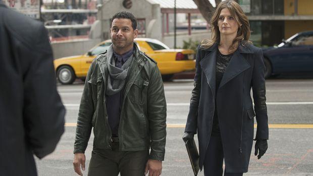 Müssen einen neuen Mordfall lösen: Esposito (Jon Huertas, l.) und Beckett (St...