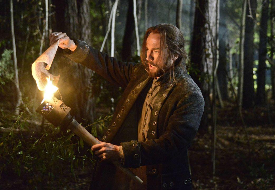 Im Kampf gegen das Böse: Ichabod Crane (Tom Mison) ... - Bildquelle: 2014 Twentieth Century Fox Film Corporation. All rights reserved.