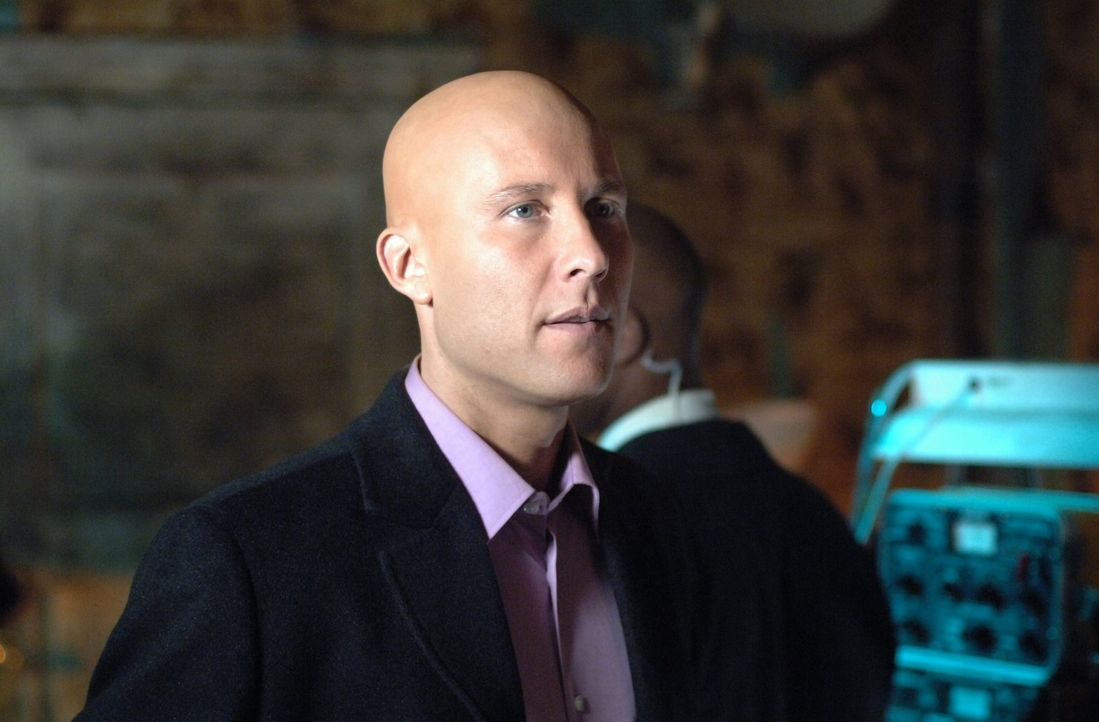 Nicht nur Clarks Mutter ist verschwunden. Auch von Lex' (Michael Rosenbaum) Vater fehlt jede Spur ... - Bildquelle: Warner Bros.