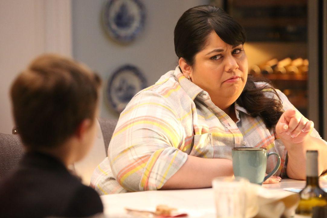 Auch Alba (Carla Jimenez) probiert dem Nesthäkchen klar zu machen, dass keine gefährlichen Monster im Haus sind. Doch Ben lässt sich nicht beirren .... - Bildquelle: 2017 Fox and its related entities. All rights reserved.
