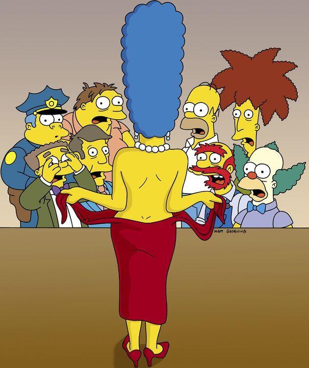 Als Marge aus der Narkose erwacht, bemerkt sie, dass der Arzt statt Fettabsaugung vorzunehmen,  ihr versehentlich Brustimplantate eingesetzt hat. Vo... - Bildquelle: TWENTIETH CENTURY FOX FILM CORPORATION