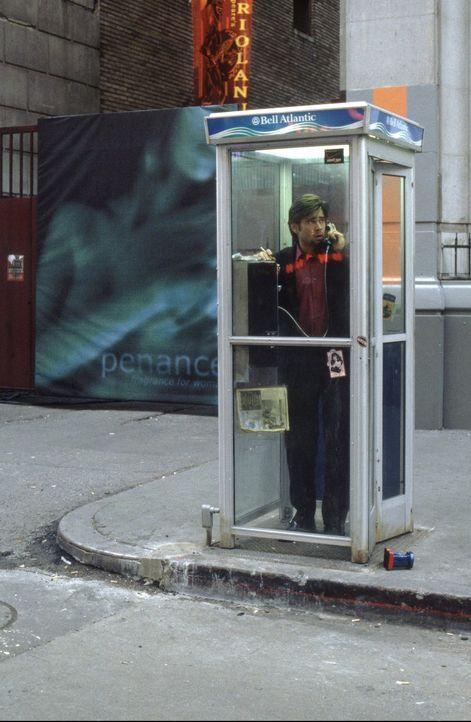 Als Stu Sheperd (Colin Farrell) den Hörer in einer Telefonzelle abhebt, beginnt für ihn ein psychologisches Katz-und-Maus-Spiel um Leben und Tod ... - Bildquelle: 2003 Twentieth Century Fox Film Corporation. All rights reserved.