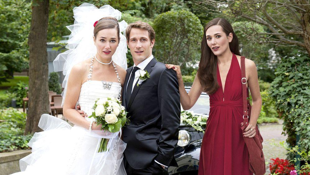 Im Brautkleid meiner Schwester - Bildquelle: SAT.1 / Stephan Rabold