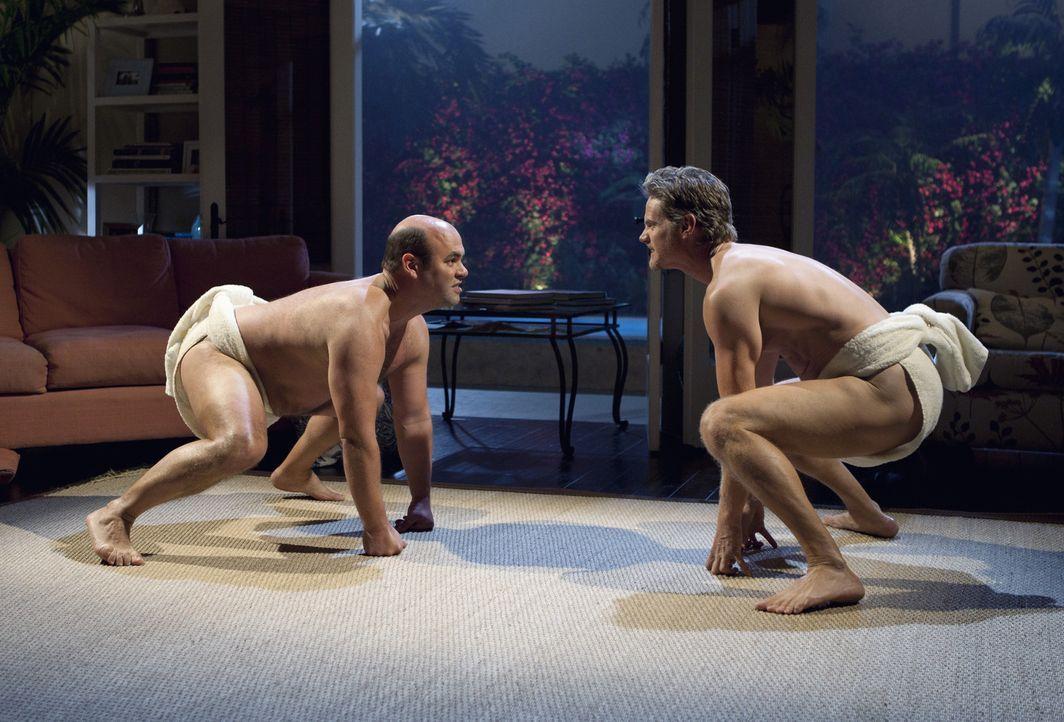 Haben immer wieder neue Ideen ihre Zeit zu verbringen: Bobby (Brian Van Holt, r.) und Andy (Ian Gomez, l.) ... - Bildquelle: 2010 ABC INC.