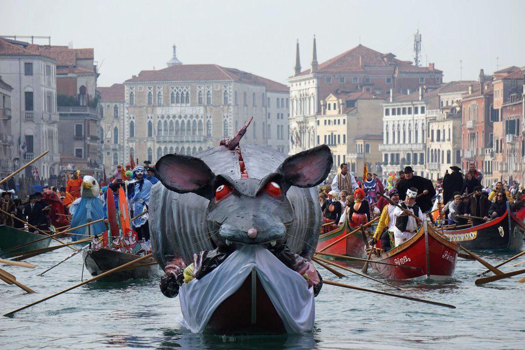 Karneval in Venedig: Die schönsten Bilder2 - Bildquelle: dpa