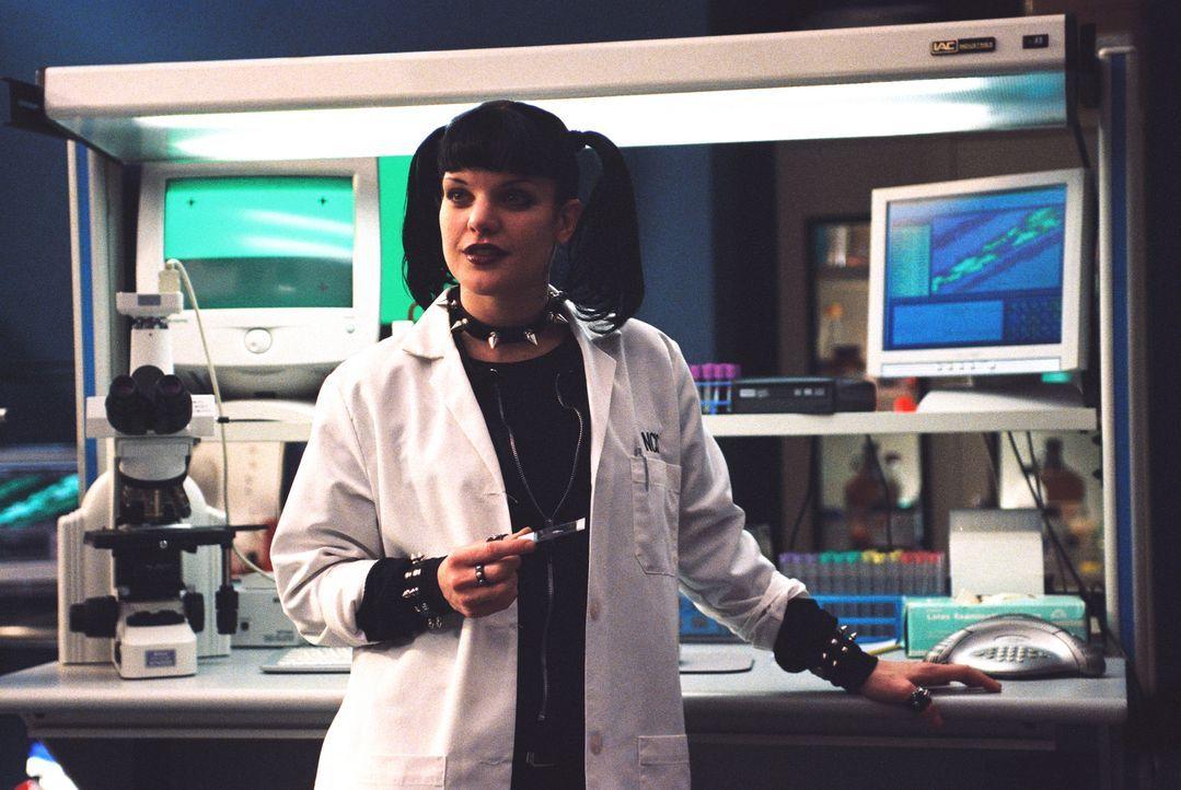Abby (Pauley Perrette) steht vor einer schwierigen Aufgabe ... - Bildquelle: CBS Television