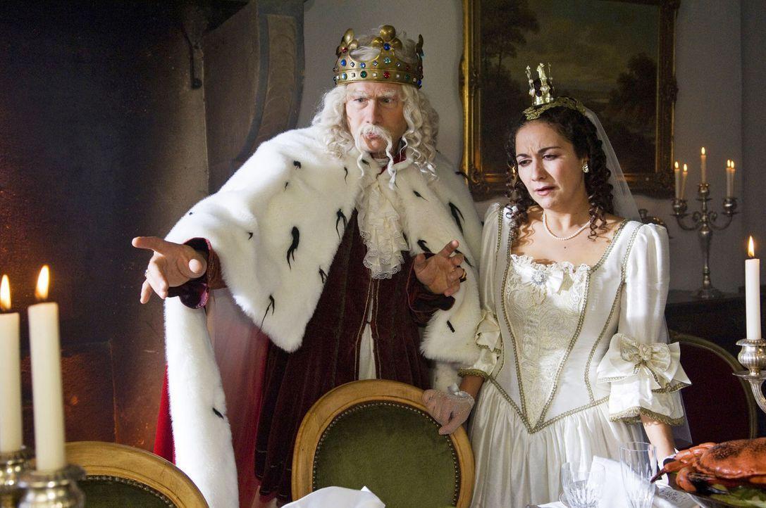 Ein guter König gibt sich gern alle Mühe, für die geliebte Tochter eine exzellente Hochzeitsfeier auszurichten. Aber wenn dieser verwunschene Pri... - Bildquelle: Sat.1