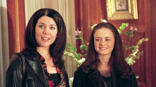 Lorelai (Lauren Graham, l.) ist alles andere als begeistert, als Rory (Alexis...