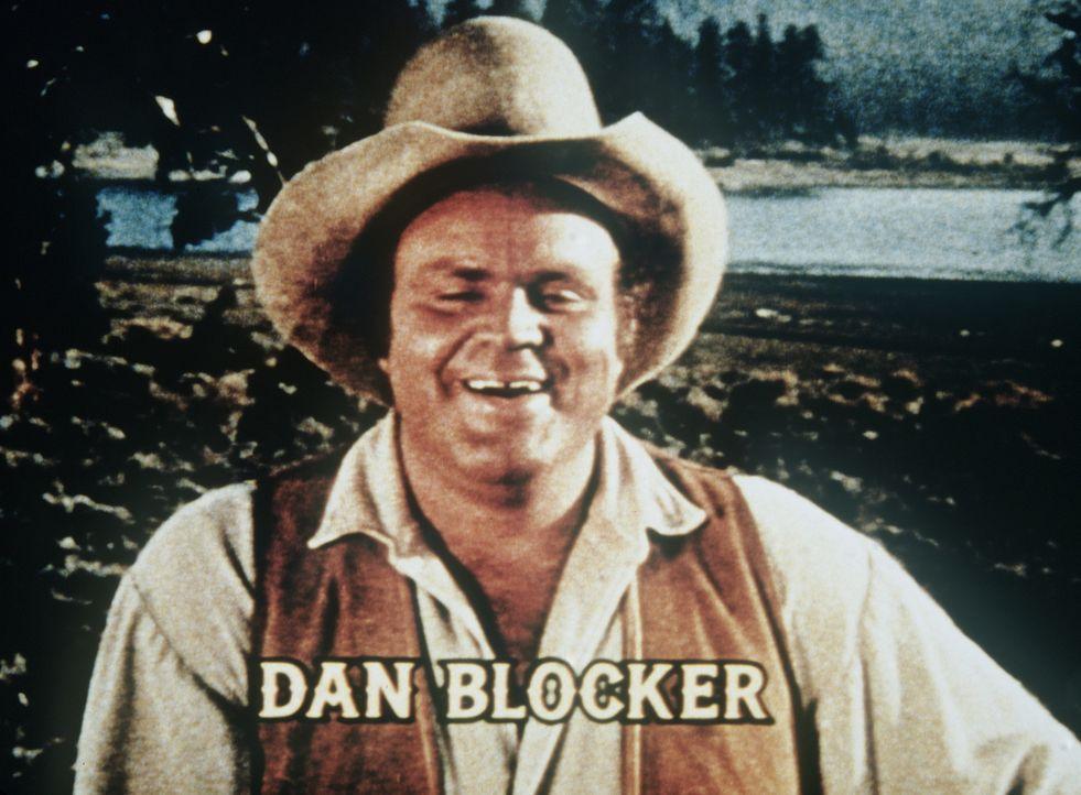 Der naive Hoss Cartwright (Dan Blocker) bereitet seinem Vater meistens Kummer. - Bildquelle: Paramount Pictures