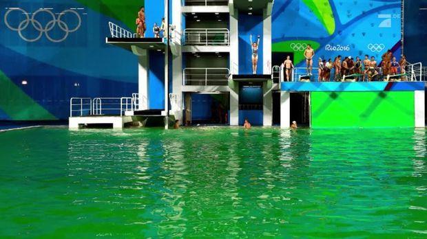 olympia warum f rbte sich das pool wasser auf einmal gr n. Black Bedroom Furniture Sets. Home Design Ideas