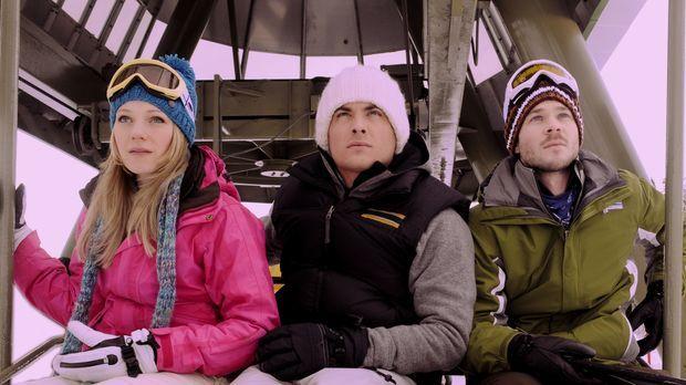 Ein Skitag entwickelt sich für Joe (Shawn Ashmore, r.), Dan (Kevin Zegers, M....