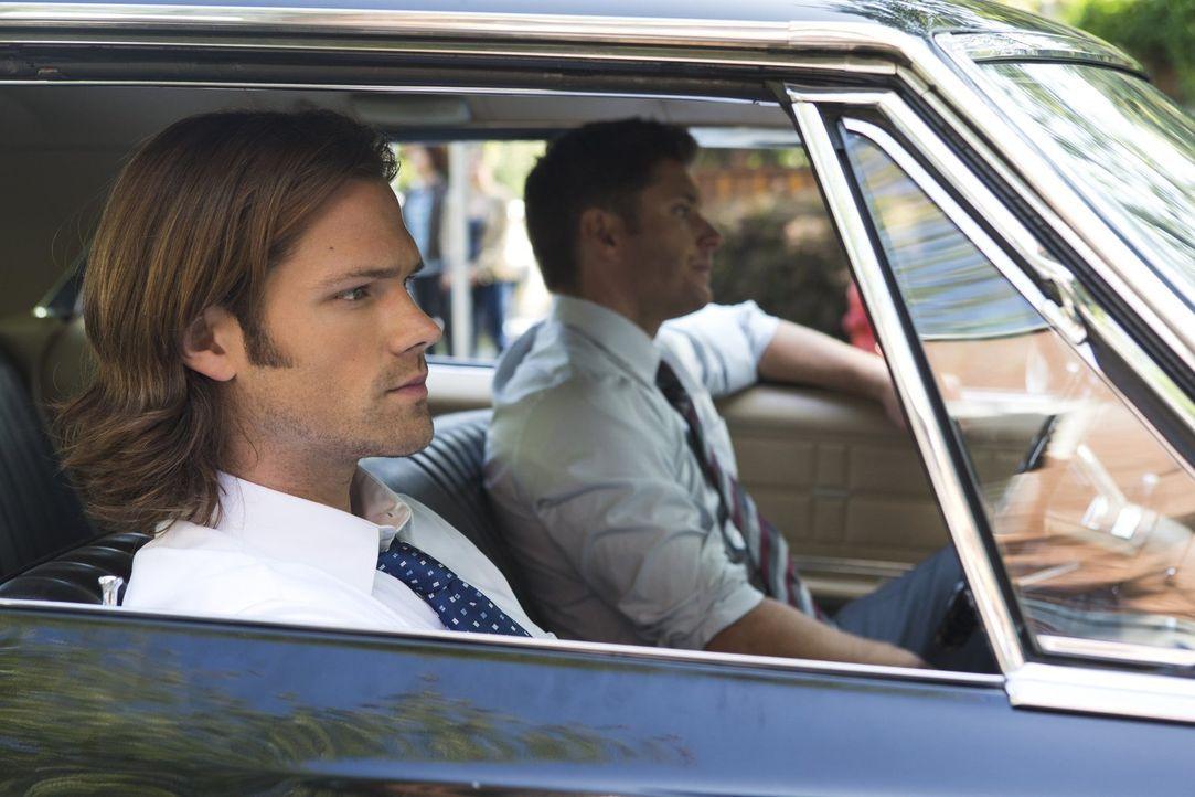 Noch ahnen Sam (Jared Padalecki, l.) und Dean (Jensen Ackles, r.) nicht, welche weitreichenden Auswirkungen ihr neuester Fall haben wird ... - Bildquelle: Warner Bros. Television