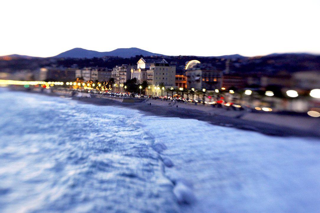 Nizza-Strandpromenade-AFP - Bildquelle: AFP Photo
