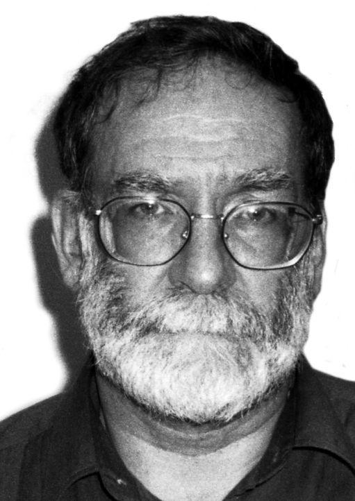 Harold Frederick Shipman war ein Arzt aus Manchester und wurde bekannt, weil er im Zeitraum von 1970 bis 1998 Morde an mindestens 218 Patienten verü...
