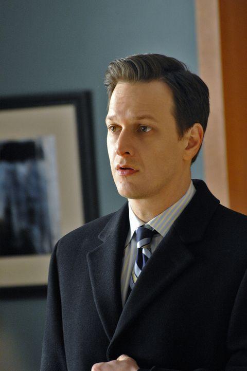 Als Will (Josh Charles) erfährt, mit wem Diane beim Essen war, rastet er völlig aus ... - Bildquelle: CBS Studios Inc. All Rights Reserved.