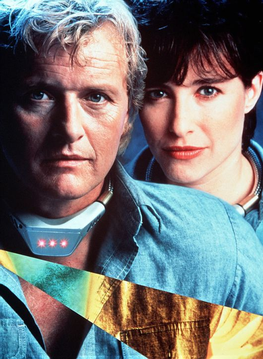 Frank Warren (Rutger Hauer, l.) ist im Gefängnis durch ein elektronisches Halsband, einem so genannten Wedlock, mit einem anderen Gefangenen verbun... - Bildquelle: Home Box Office (HBO)