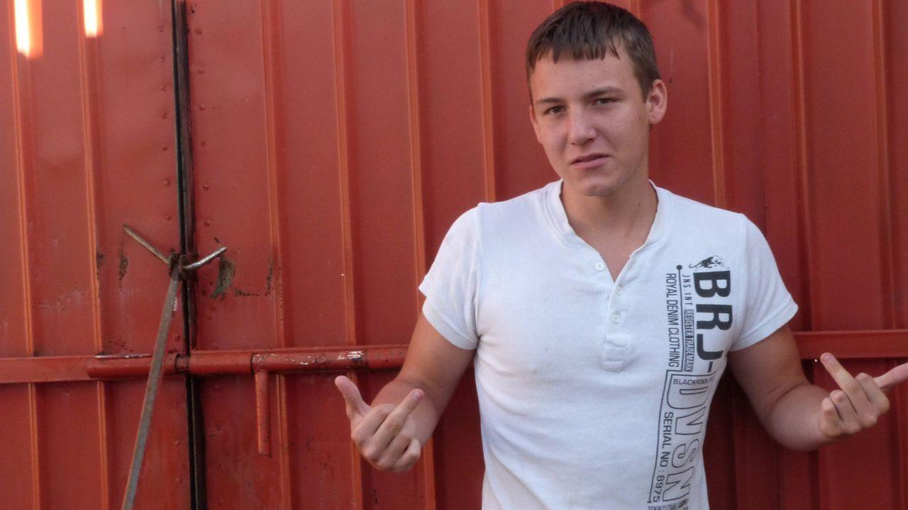 Wird Horrorteenie Dominik in Kirgistan zur Besinnung kommen? - Bildquelle: SAT.1