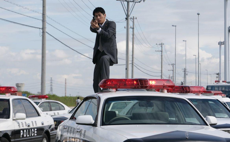 Für Cop Mekari (Takao Osawa) beginnt eine Jagd um Leben und Tod, als er einen brutalen Mörder und Vergewaltiger, auf den ein immens hohes Kopfgeld a... - Bildquelle: Warner Brothers