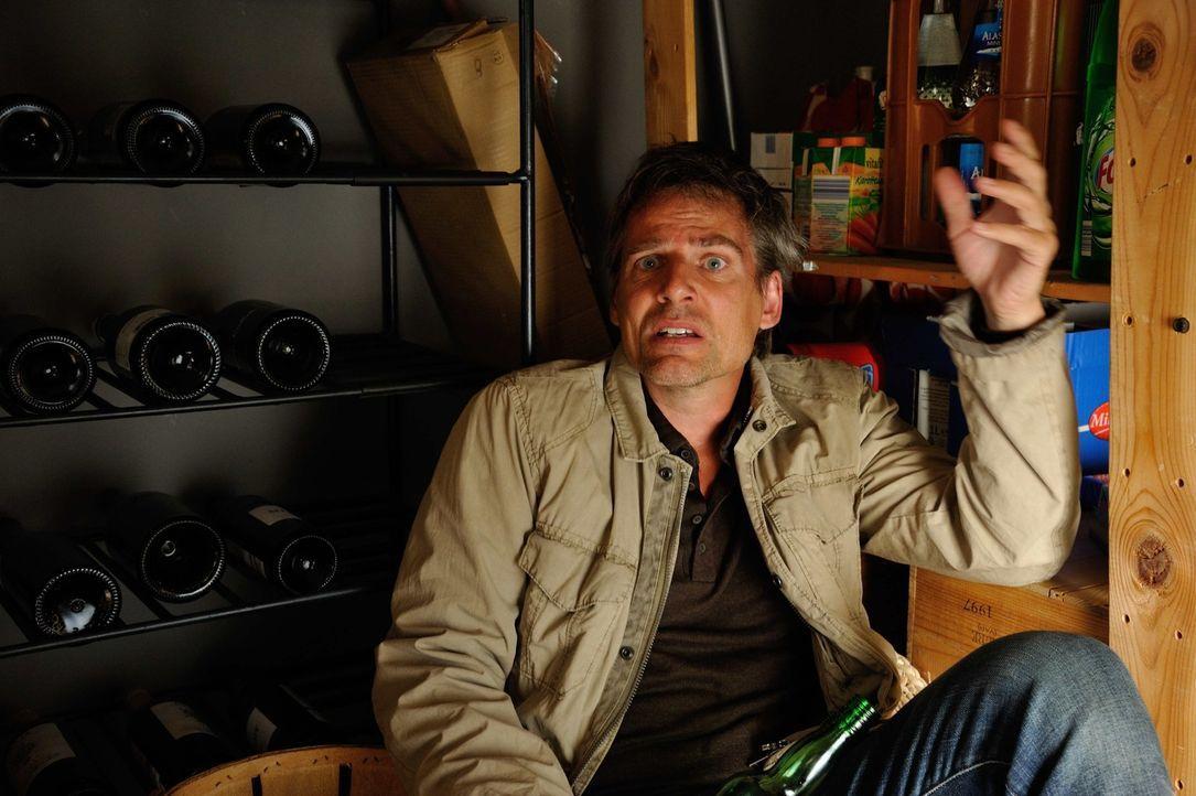 Hat Simon Bobek (René Steinke) etwas mit dem Mord an seiner Ex-Frau zu tun? Josephine und ihre Kollegen werden dies herausfinden ... - Bildquelle: Hardy Spitz SAT.1