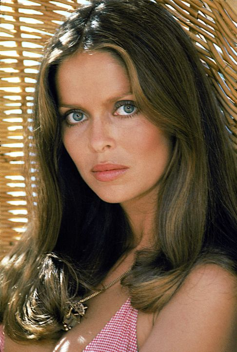 Barbara-Bach-James-Bond-Spy-Who-Loved-Me-1977-WENN-com - Bildquelle: WENN.com