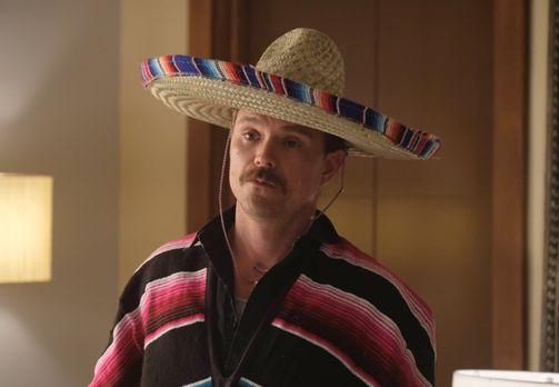 Riggs (Clayne Crawford) plant, sich in Mexiko für den Tod seiner Frau zu räch...