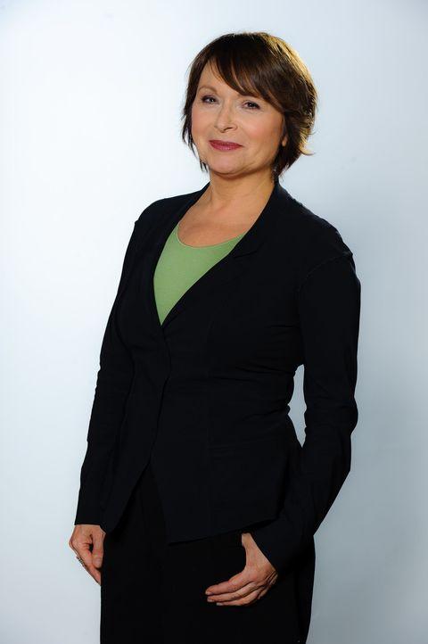 Die erfahrene Psychologin Angelika Kallwass hilft, Konflikte zu lösen. - Bildquelle: Willi Weber SAT.1