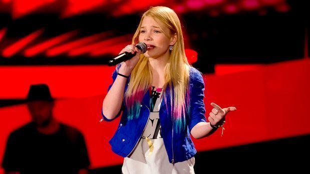 The Voice Kids - The-Voice-Kids-s01e02-Emma-03 - Bildquelle: SAT.1/Richard HÃ...