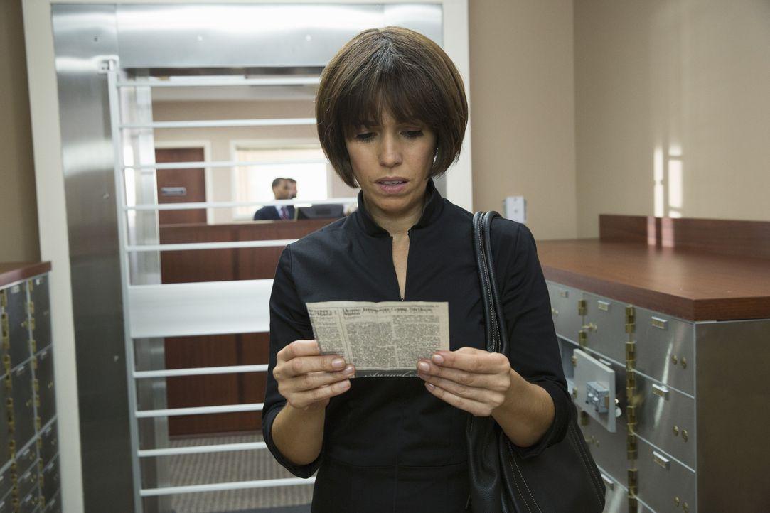 In Opals Hinterlassenschaften entdeckt Marisol (Ana Ortiz) etwas, das sie zutiefst erschüttert ... - Bildquelle: 2014 ABC Studios