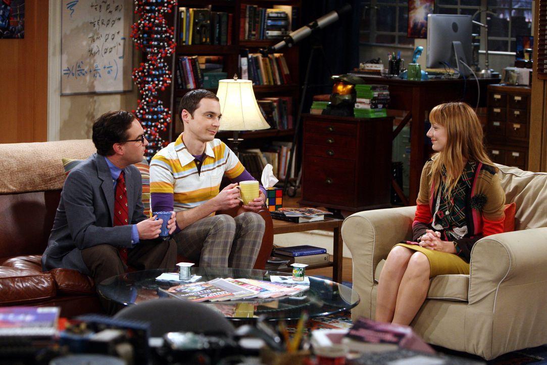 Sheldon (Jim Parsosns, M.) erwartet Besuch von einer befreundeten Wissenschaftlerin. Da Elizabeth (Judy Greer, r.) nicht gerne in Hotels wohnt, läd... - Bildquelle: Warner Bros. Television