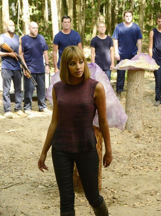 Was wird die neue Königin (Kylie Bunbury) tun, sollte die Kuppel wirklich fallen? - Bildquelle: Brownie Harris 2015 CBS Studios Inc.