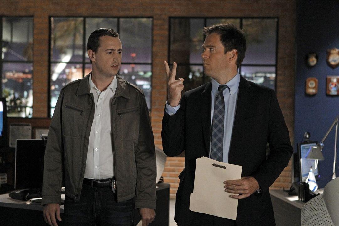 Ermitteln in einem neuen Fall: Tony (Michael Weatherly, r.) und McGee (Sean Murray, l.) ... - Bildquelle: CBS Television