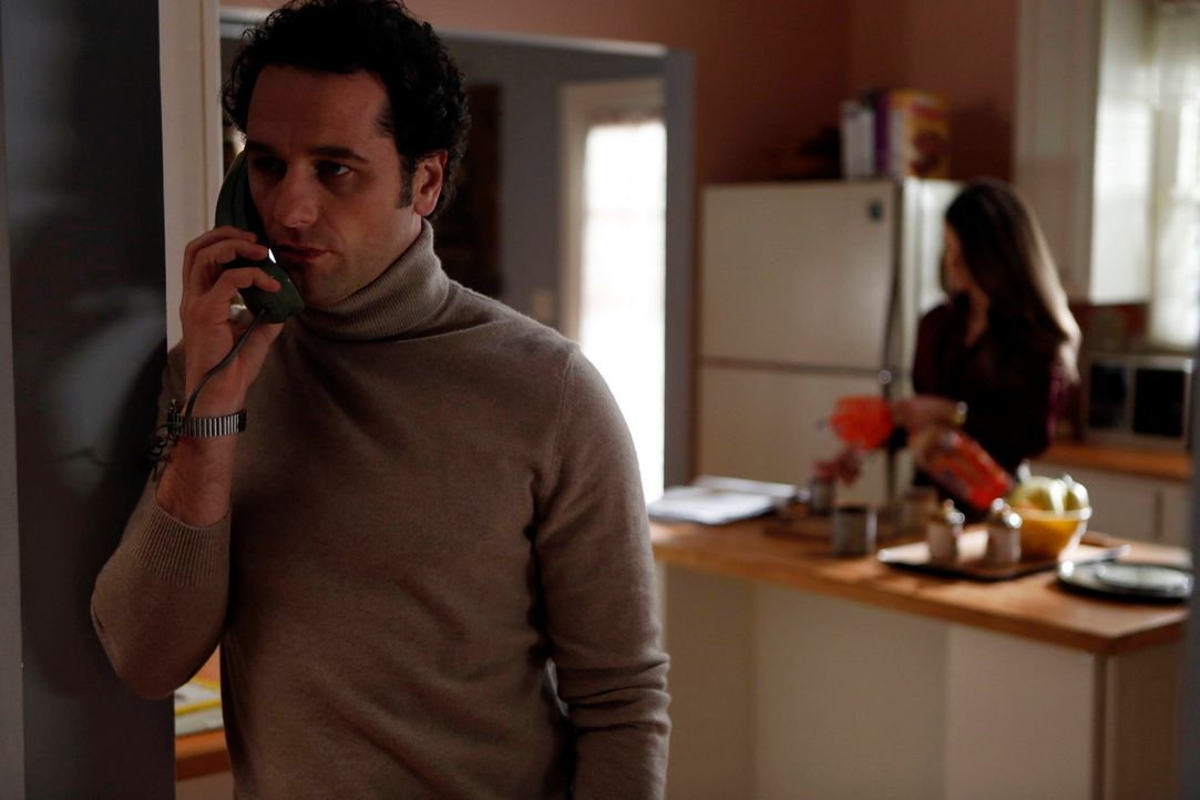 Während seine Vorgesetzten mobil machen, holt Phillip (Matthew Rhys) erst einmal weitere Informationen ein. Schon bald erfährt er, dass das FBI sich... - Bildquelle: Motion Picture   2013 Twentieth Century Fox Film Corporation and Bluebush Productions, LLC. All rights reserved.