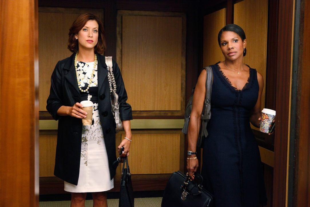 Zwischen Naomi (Audra McDonald, r.) und Addison (Kate Walsh, l.) herrscht ein Angespanntes Verhältnis ... - Bildquelle: ABC Studios