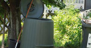 richtig kompostieren humus selber machen sat 1 ratgeber. Black Bedroom Furniture Sets. Home Design Ideas