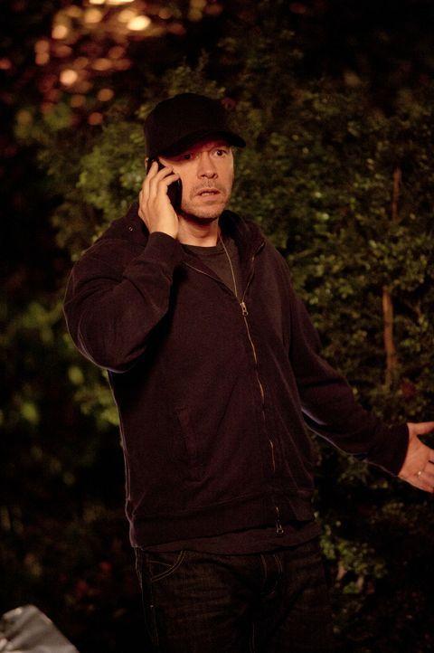 Bei einem Polizeieinsatz wird ein Filmstar, der Erfahrungen für seine nächste Rolle sammeln wollte, verletzt. Danny (Donnie Wahlberg) und dem NYPD d... - Bildquelle: 2013 CBS Broadcasting Inc. All Rights Reserved.
