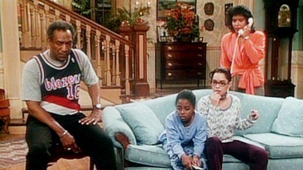 Cliff (Bill Cosby, l.), Rudy (Keshia Knight Pulliam, 2.v.l.), Denise (Lisa Bo...
