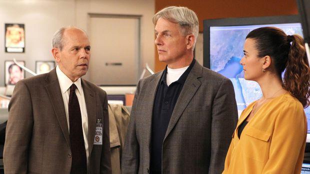 Ermitteln gemeinsam mit FBI-Agent Fornell (Joe Spano, l.): Gibbs (Mark Harmon...