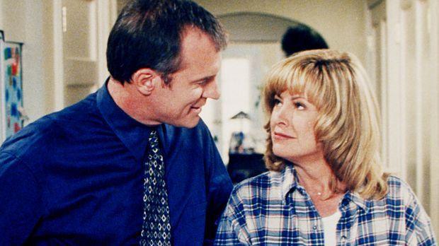 Annie (Catherine Hicks, r.) und ihr Mann (Stephen Collins, l.) beschließen, d...