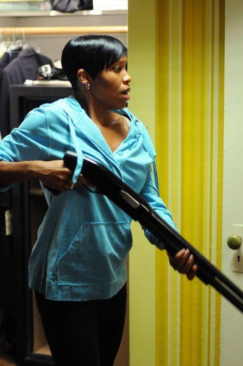 Mit Detective Lydia Adams (Regina King) sollte man sich besser nicht anlegen ... - Bildquelle: Warner Brothers