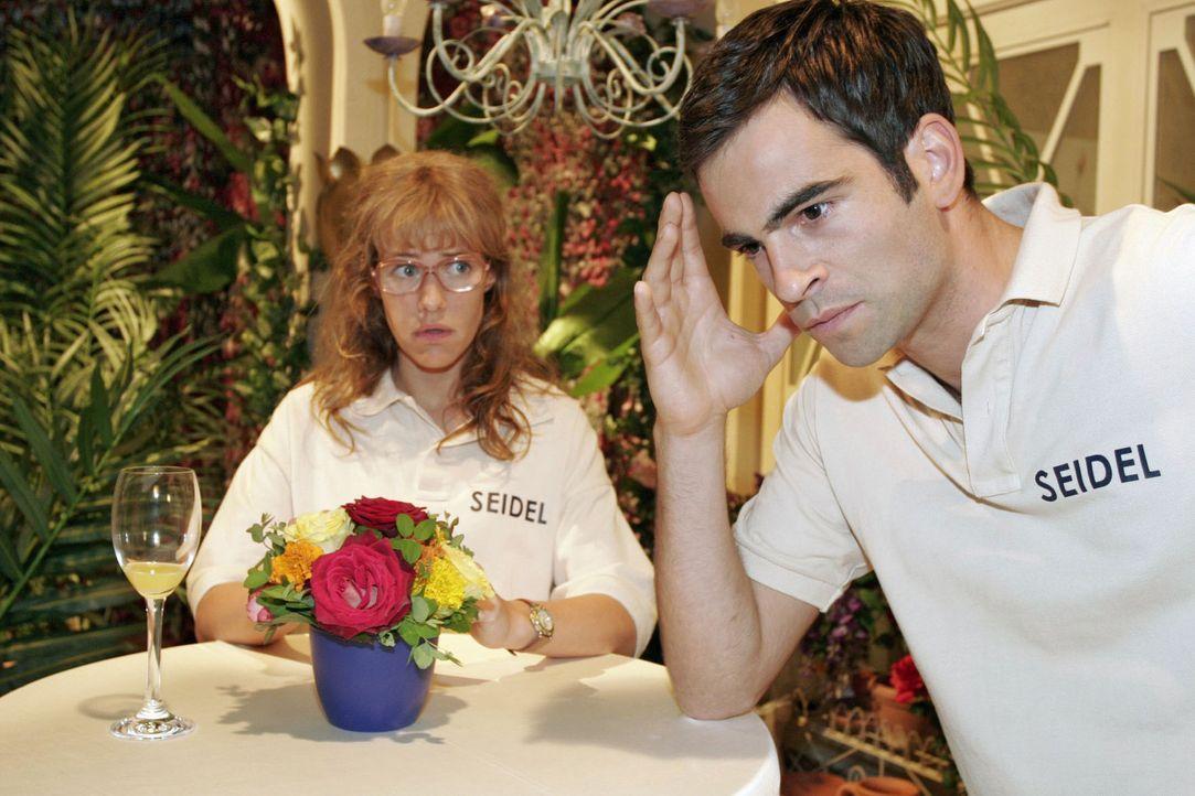 Lisa (Alexandra Neldel, l.) wehrt sich gegen Davids (Mathis Künzler, r.) Vorwurf, dass sie B.STYLE an Richard verraten hätte. (Dieses Foto von Alexa... - Bildquelle: Noreen Flynn Sat.1