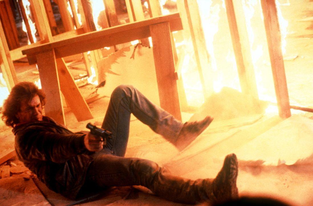 Im Dauereinsatz: Riggs (Mel Gibson) ... - Bildquelle: Warner Bros.