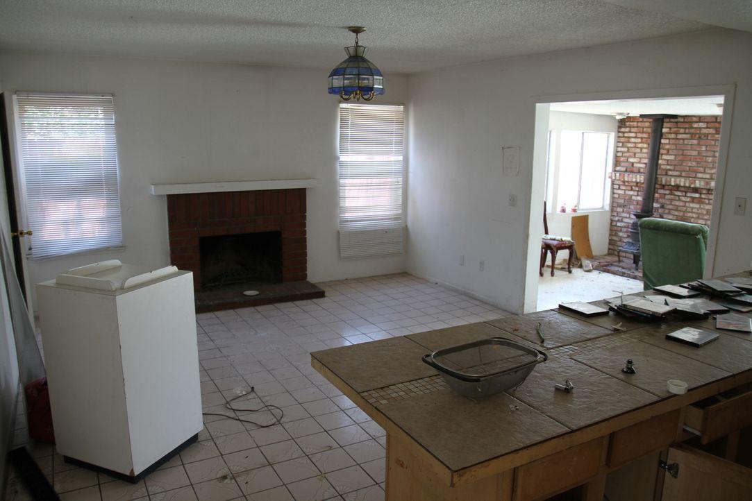 Aus alt mach neu: Das Haus in Anaheim wird ein wahres Schmuckstück ... - Bildquelle: 2013,HGTV/Scripps Networks, LLC. All Rights Reserved