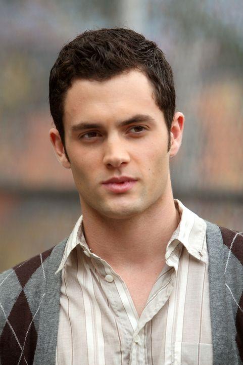 Als plötzlich seine alte, beste Freundin Vanessa in der Stadt auftaucht, steht Dan (Penn Badgley) zwischen zwei Frauen ... - Bildquelle: Warner Brothers