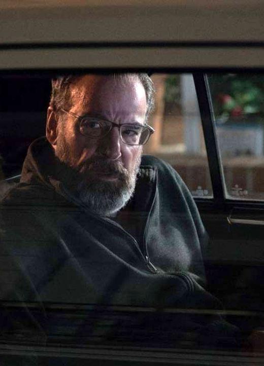 Während Carrie langsam der Antwort näher kommt, wer sie tot sehen möchte, ahnt Saul (Mandy Patinkin) nicht, wer Allison wirklich ist ... - Bildquelle: Stephan Rabold 2015 Showtime Networks, Inc., a CBS Company. All rights reserved.