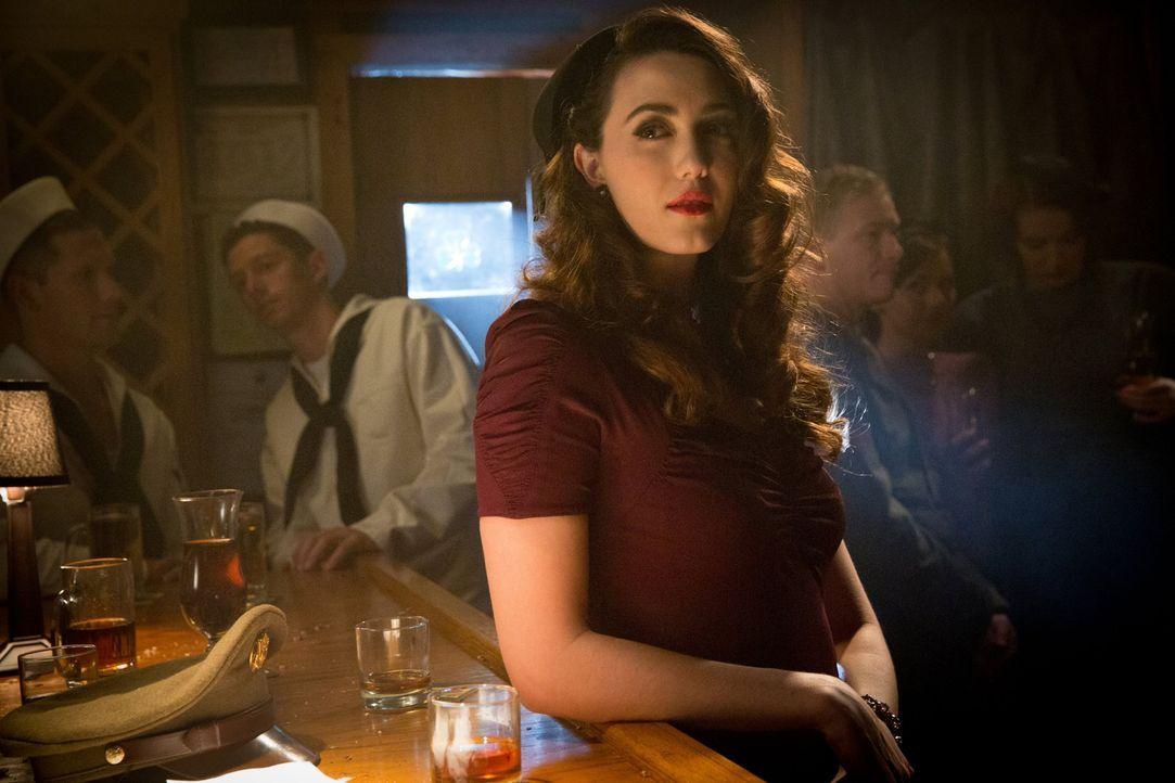 Damons Erfahrungen mit Charlotte (Madeline Zima, M.) sollen ihm in der Zukunft helfen ... - Bildquelle: Warner Brothers
