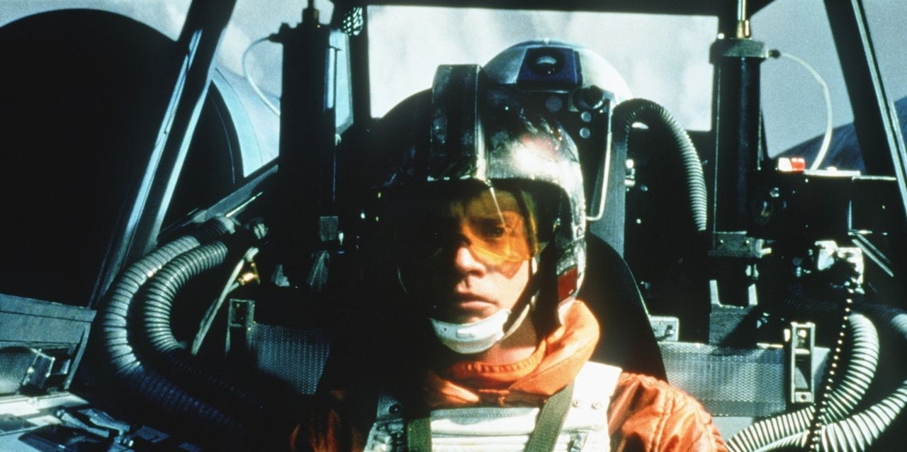 Aufgrund seiner übersinnlichen Kraft spürt Luke Skywalker (Mark Hamill), dass seine Freunde in großer Gefahr schweben ... - Bildquelle: Lucasfilm LTD. & TM. All Rights Reserved.