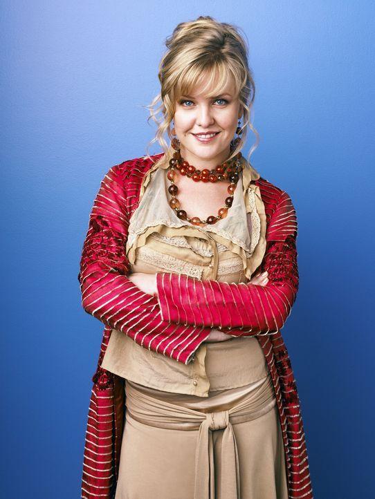 (1. Staffel) - Christina (Ashley Jensen), aus dem Bekleidungs-Fundus, ist von Anfang an eine Freundin für Betty ... - Bildquelle: Buena Vista International Television