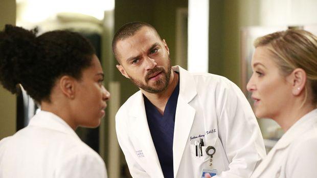 Sind mit einer Entscheidung von Bailey nicht zufrieden: Jackson (Justin Chamb...