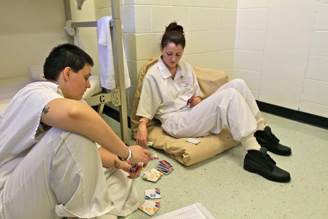 Die Insassinnen müssen sich im Metro State Gefängnis zu sechst eine Zelle teilen ... - Bildquelle: Peter Hutchens part2pictures